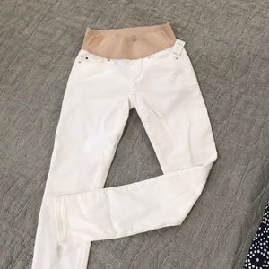 GAP maternity white skinny jeans